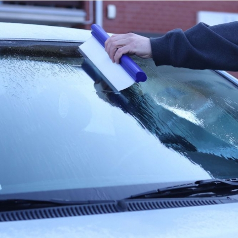 Silicone water blade for drying cars